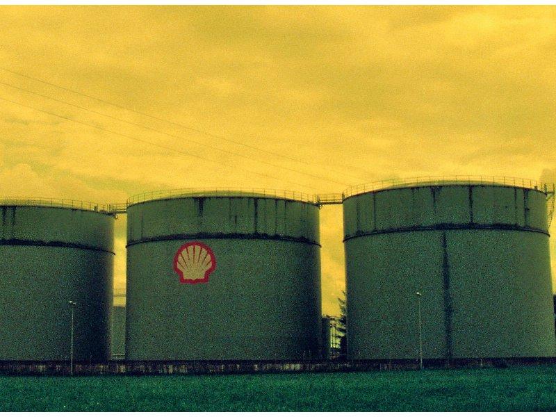 Shell bei Wikileaks - Energieriese in Erklärungsnot (Foto: blackrebel-80 bei pixelio.de)
