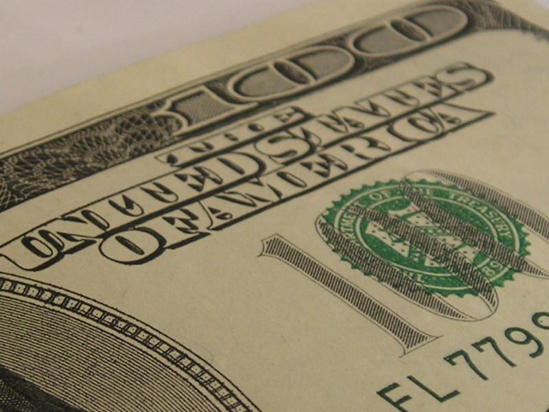 Gebeutelter Greenback: Der Euro legt im Vergleich zum Dollar weiter zu (Foto: morguefile)
