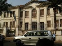 Justizministerium in Bissau: Bleibt Guinea-Bissau trotz Putsch auf einem guten Weg?