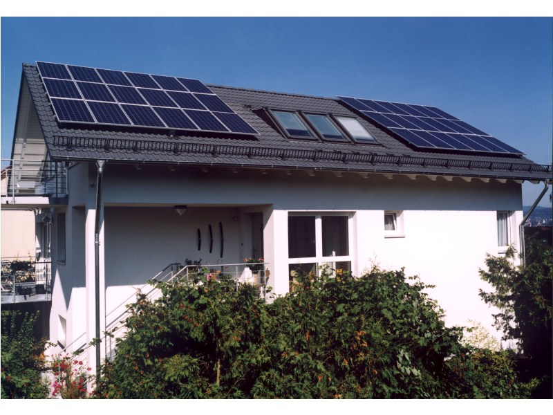 Geringe Nachfrage und hoher Preisdruck belastet deutsche Solarzellenhersteller (Foto: Solarworld AG, Bonn)